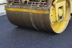 Close of road roller compacting asphalt 2 Royalty Free Stock Photos