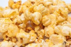 Close up à pilha do fundo da pipoca do sabor do queijo fotos de stock royalty free