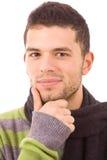 Close-up счастливого молодого вскользь portrai человека стоковая фотография