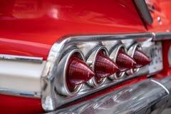 Close-up achterlichten van retro auto, uitstekende lichten stock afbeelding