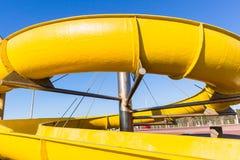 Close up amarelo da piscina da corrediça de água Fotos de Stock