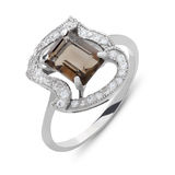 Close up on amber and diamond ring Stock Photography