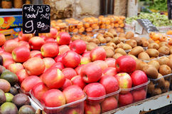 Close up of apples on market stand Royalty Free Stock Images