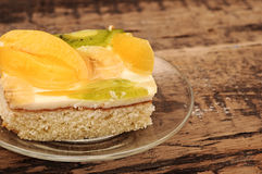 Close-up  of apricot cake Royalty Free Stock Images