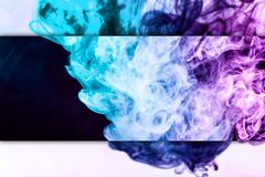 Close-up bevroren abstracte beweging van explosierook stock illustratie