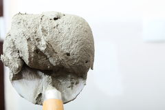 Close up bucket trowel with cement mortar Royalty Free Stock Photos