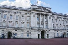 Close up Buckingham Palace with entrance for guards in London stock photos