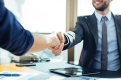 Close up of business handshake Royalty Free Stock Images