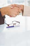 Close-up of business people shaking hands Royalty Free Stock Photo