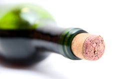 Close-up butelka czerwone wino Zdjęcia Stock