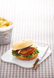 Close up chicken burger Royalty Free Stock Photography