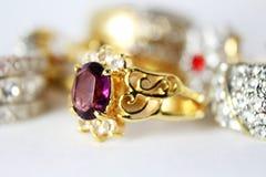 Close up da aliança de casamento Imagem de Stock