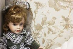 Close-up da boneca da porcelana Boneca foto de stock