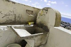 Close-up da casa velha da lavagem na cidade velha de Amantea imagem de stock