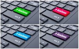 Close-up da chave do comércio eletrónico no teclado moderno Fotos de Stock Royalty Free
