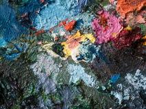 Close up da cor de óleo na paleta do artista Fotos de Stock