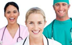 Close-up da equipa médica confiável Imagem de Stock Royalty Free