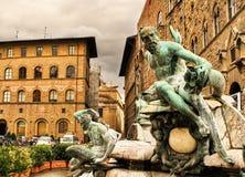 Close-up da fonte de Netuno no della Signoria da praça em Florença, Itália imagem de stock royalty free