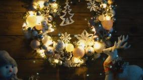 Close up da grinalda do Natal filme