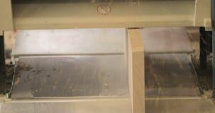 Close-up da máquina do Woodworking, em uma oficina privada da carpintaria filme