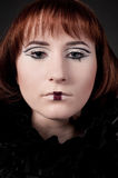 Close-up da menina bonita com composição da xadrez Fotografia de Stock Royalty Free