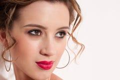 Close-up da menina bonita com maekeup vermelho da moda Fotografia de Stock Royalty Free