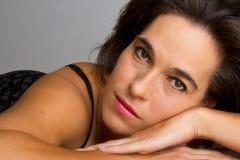Close up da mulher na cama Fotografia de Stock