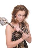 Close up da mulher selvagem nova com martelo de pedra Fotos de Stock Royalty Free
