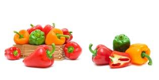 Close-up da pimenta isolado no fundo branco imagem de stock