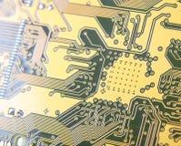 Close-up da placa de circuito impresso, trilhas do contato de wi da eletrônica fotografia de stock royalty free