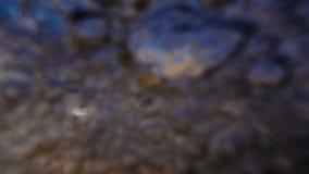 Close up da ressaca no mar, movimento lento filme