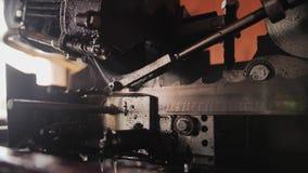 Close-up da serra de fita Plano agradável mesmo cinematic vídeos de arquivo