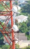 Close up da torre da telecomunicação Imagens de Stock Royalty Free