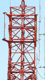 Close up da torre das telecomunicações Fotografia de Stock Royalty Free