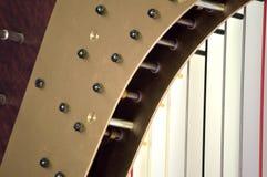 Close up de ajustamento dos mecanismos da harpa do pedal Foto de Stock Royalty Free