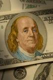 Close-up de Benjamin Franklin na conta $100 Fotografia de Stock