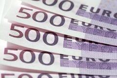 Close-up de cinco 500 euro- notas de banco fotografia de stock