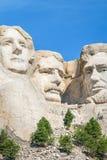 Close up de George Washington, de Thomas Jefferson, e de Abraham Lincoln Escultura presidencial no monumento nacional do Monte Ru fotos de stock