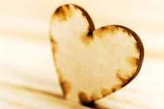 Close up de madeira do coração Imagens de Stock Royalty Free