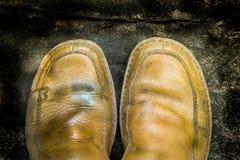 Close-up de sapatas de couro sujas Imagem de Stock Royalty Free
