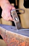 Close up de trabalho do ferreiro Fotografia de Stock Royalty Free