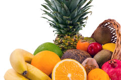 Close up de um grupo de frutos exóticos em um fundo branco Foto de Stock