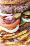 Close up de um Hamburger imagem de stock royalty free