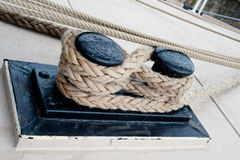 Close-up de uma corda da amarração Fotografia de Stock