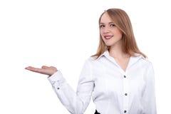 Close-up de uma jovem mulher que gesticula - imagem conservada em estoque Fotos de Stock Royalty Free
