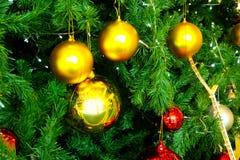 Close up decorado da árvore de Natal Fotos de Stock Royalty Free