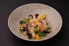 Close up do aperitivo do marisco diferente Alimento japonês imagens de stock royalty free
