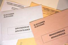 Close-up do envelopes eleitorais para o congresso e o Senado espanhóis fotos de stock royalty free