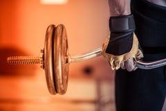 Close up do exercício do Gym fotos de stock royalty free