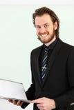 Close up do homem de negócios com prancheta Fotografia de Stock Royalty Free
